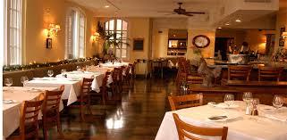 Hemmingway's Bistro. Restaurant Français à Chicago